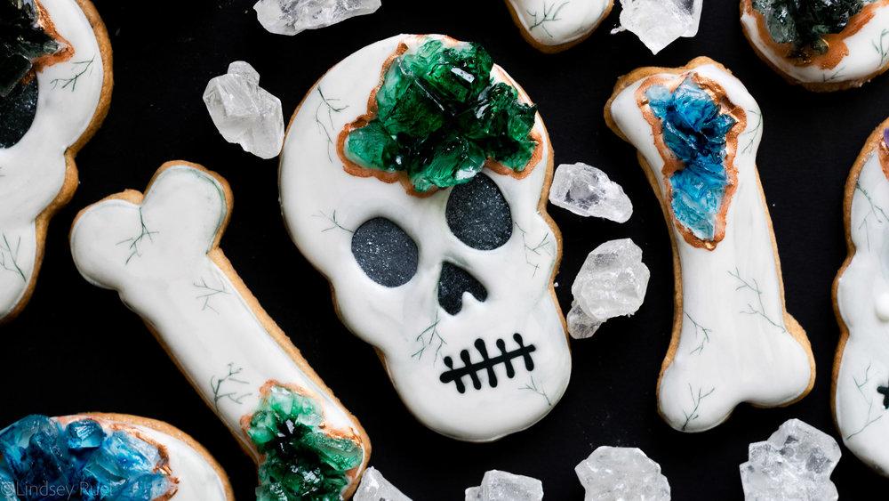 Geode Skull and Bones Cookies-5.jpg