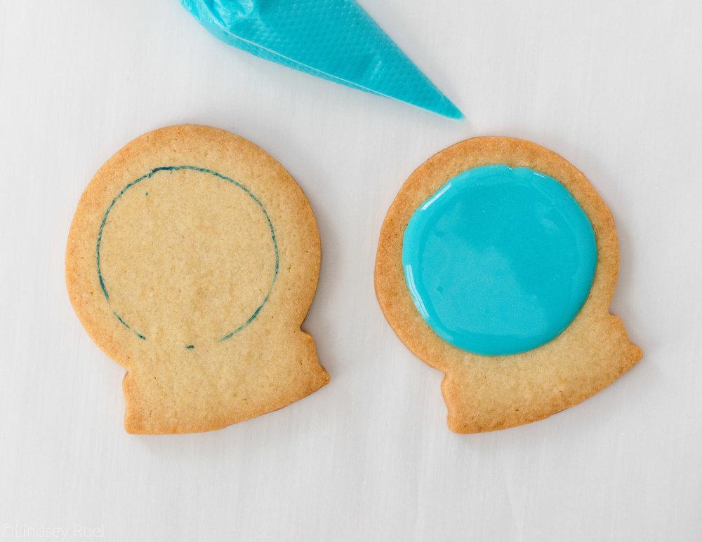 Snow Globe Cookies-4.jpg