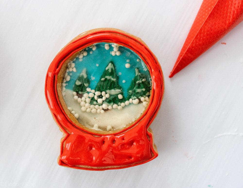 Snow Globe Cookies-11.jpg