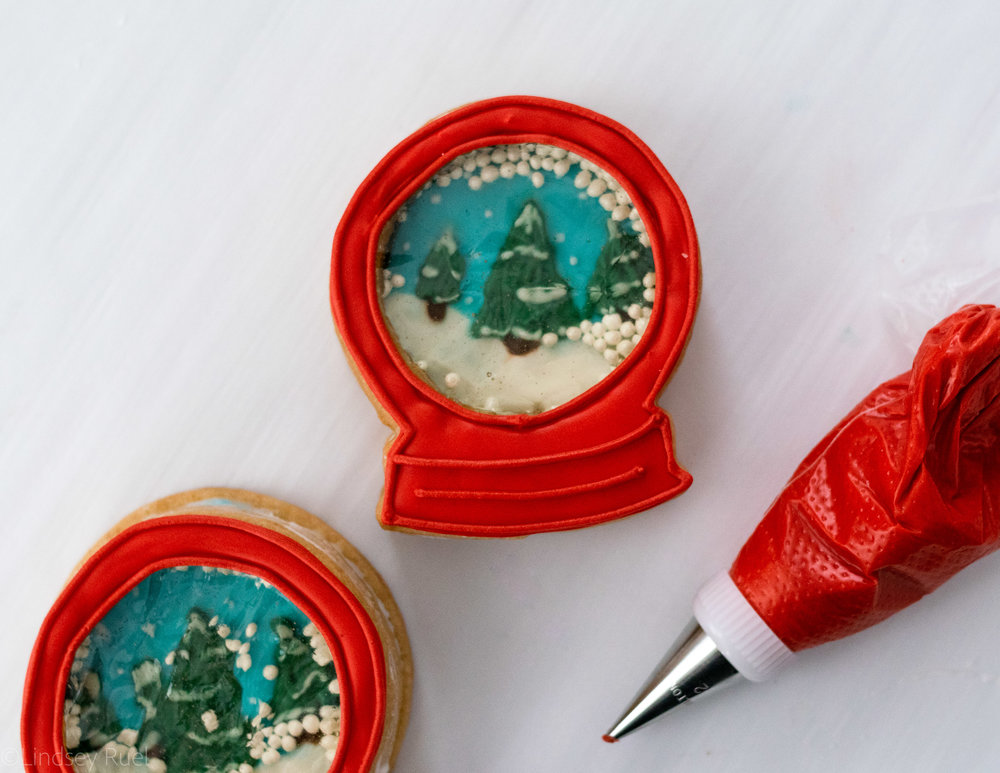 Snow Globe Cookies-12.jpg