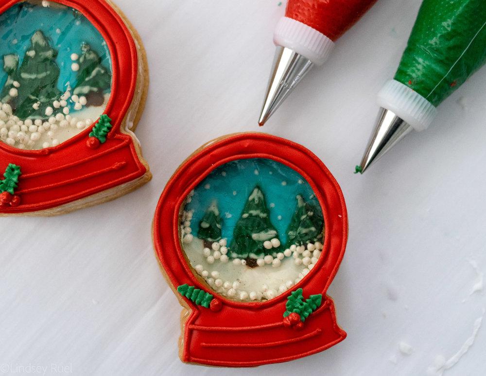 Snow Globe Cookies-13.jpg