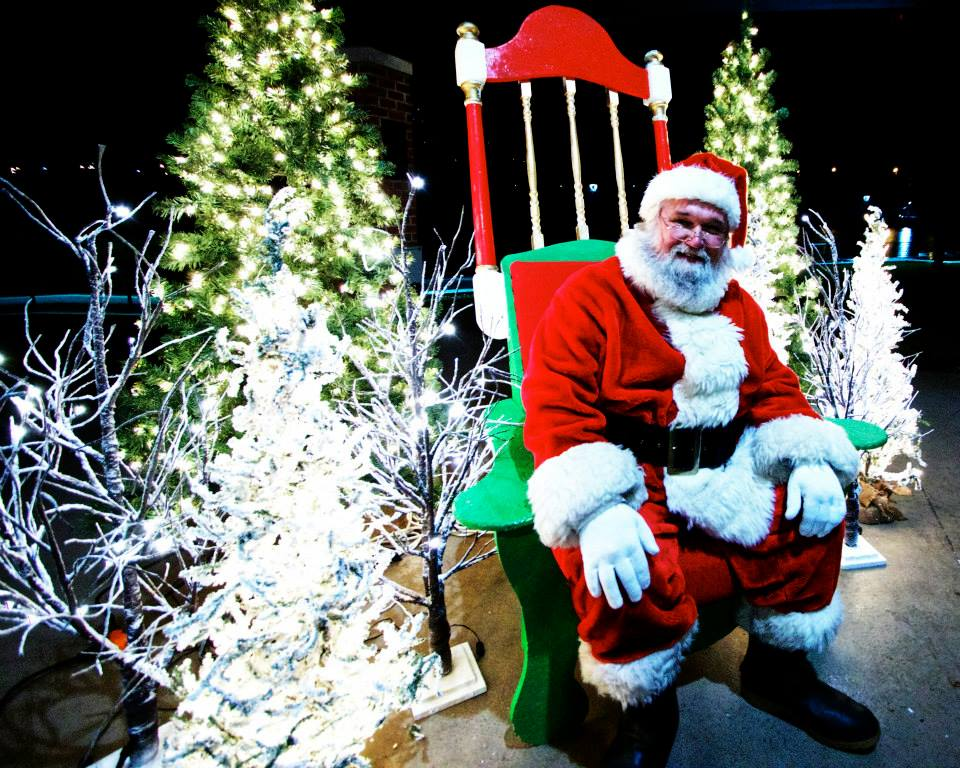 Santa Winter Wonderland 2014 3.jpg