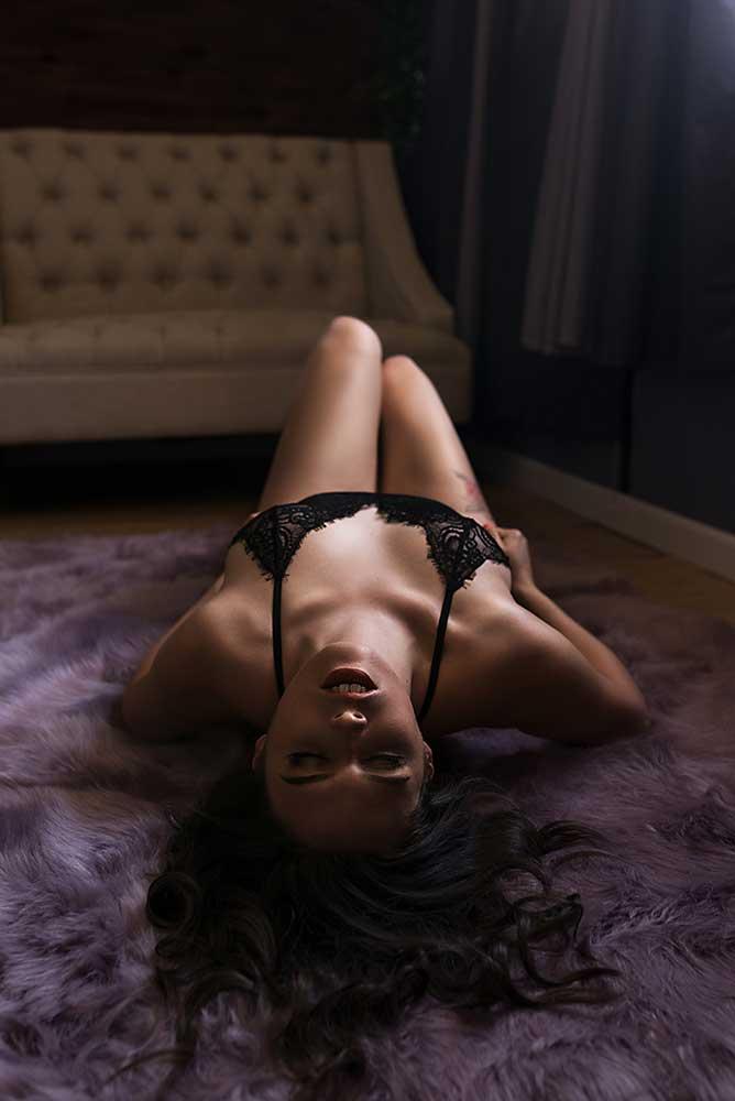 boudoir-photography-dallas-arlington_-black-lingerie.jpg