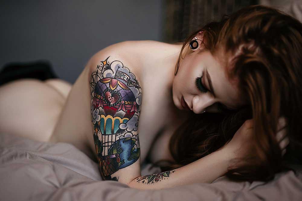 boudoir-photography-dallas-arlington-fort-worth_Implied-headshot-nude.jpg