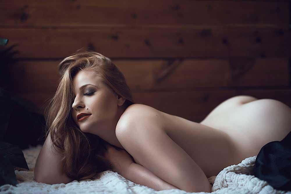 implied-boudoir-nude-_-catherine-cooper-photography.jpg