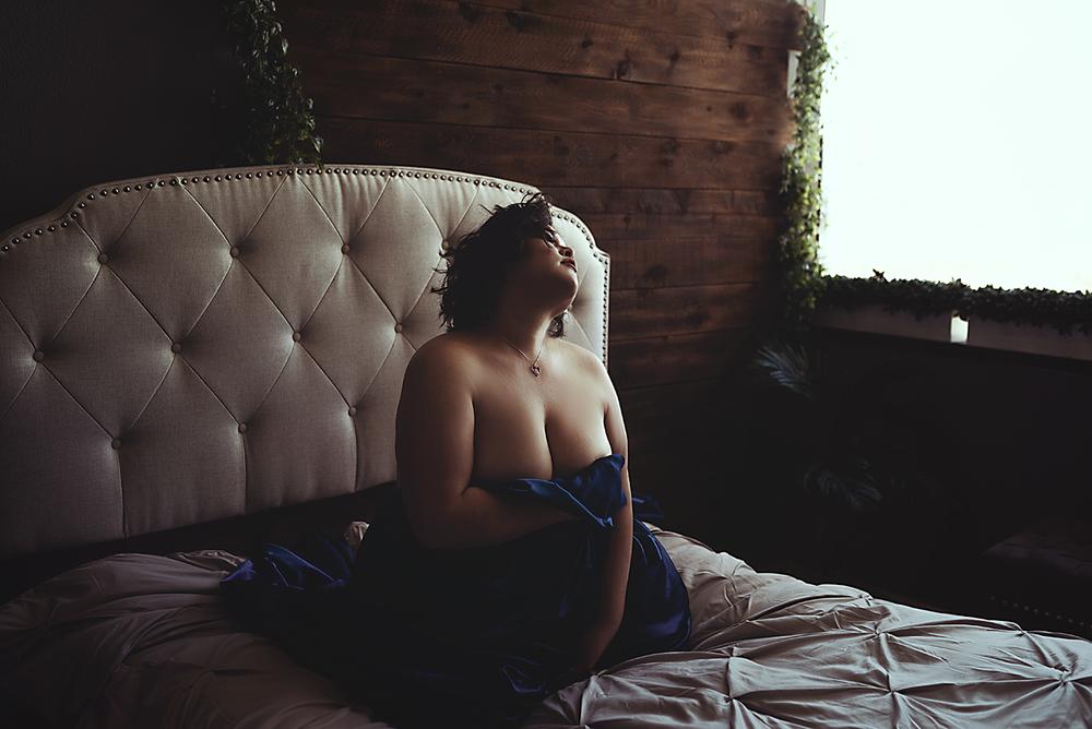implied-nude-boudoir-dallas.png