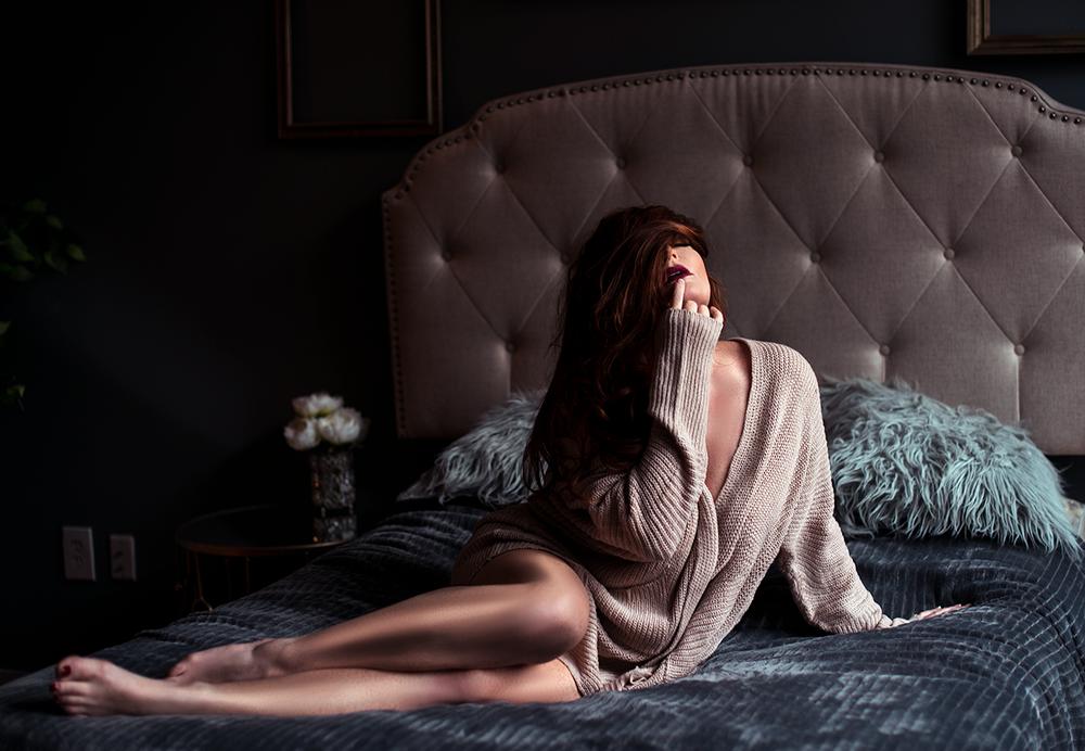 sweater-boudoir-dallas.png