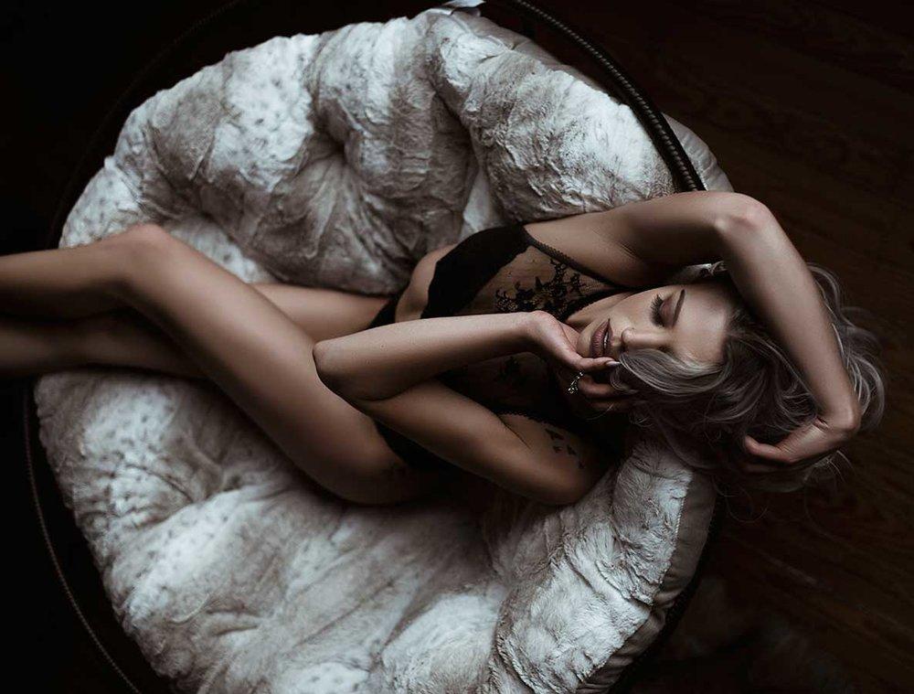sitting-on-papasan-boudoir.jpg