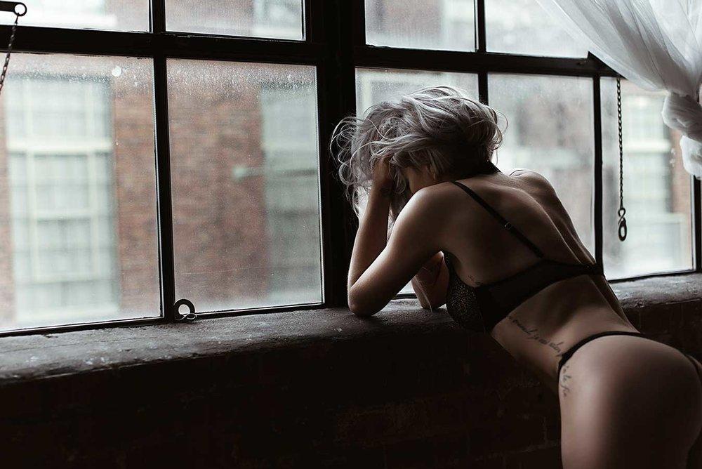 window-seal-boudoir.jpg