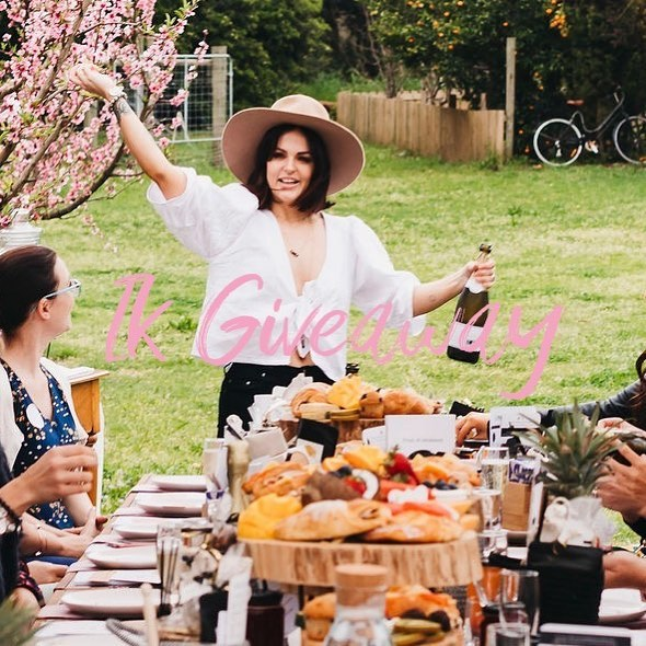 🥂1k followers!🥂 To say thanks to our amazing followers we're giving away a picnic for 2 including a grazing platter, champagne and bouquet to go! 🍾 To enter; ✨Be following Little Orchard Co ✨Tag your friends - each tag is a new entry ✨Must be redeemed prior to 13th April 2019 ✨Winner will be drawn 7pm 16th March 2019  Thank you to everyone who has followed our journey so far 🌸