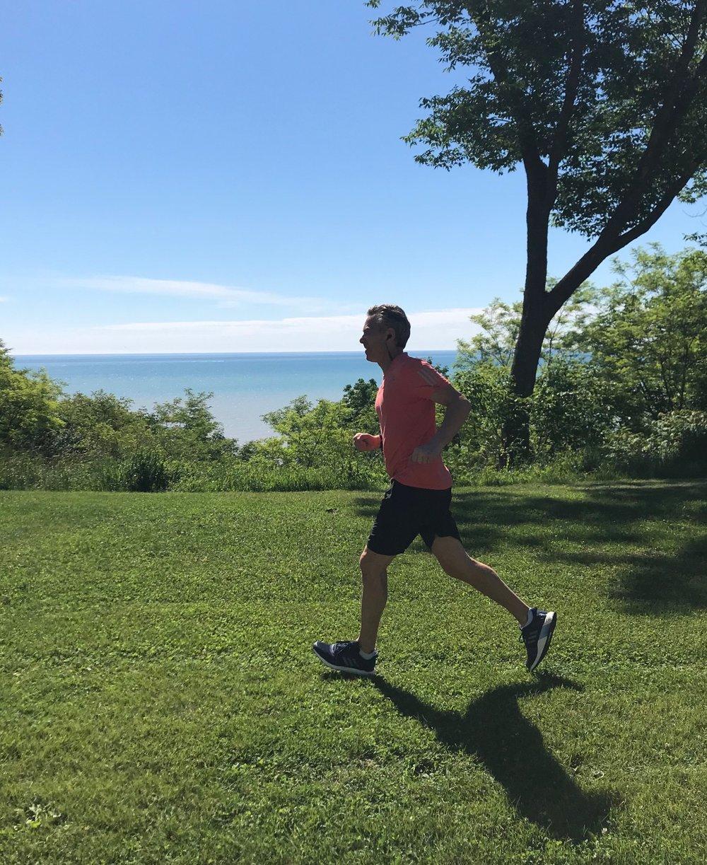 Tom Running.jpg