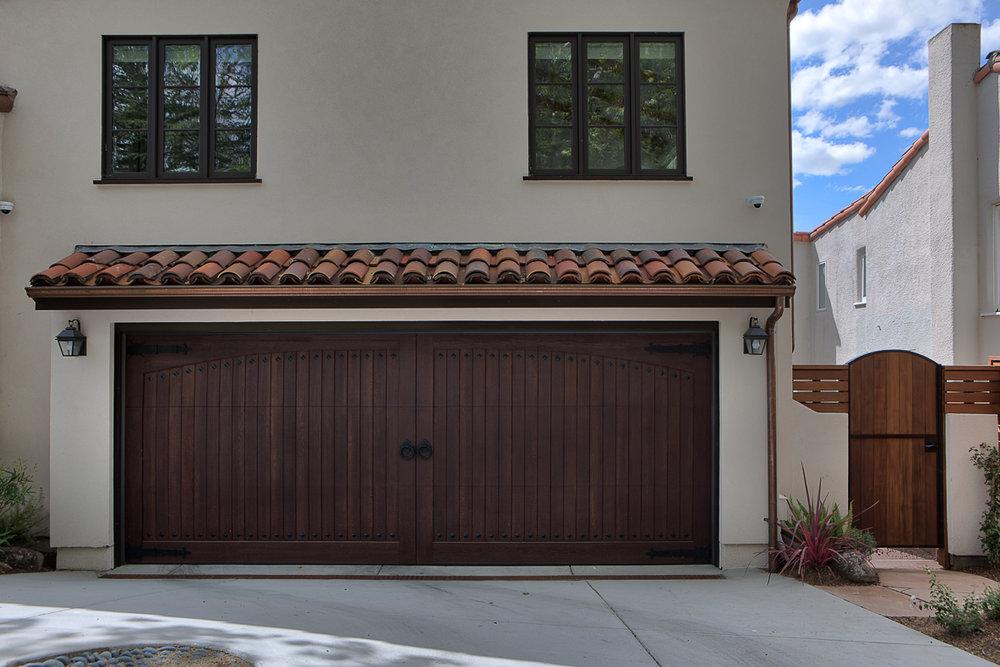 LR Garage Door.jpg