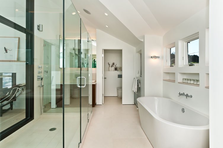 Custom-Construction-Noe-Street-master-bath.jpg