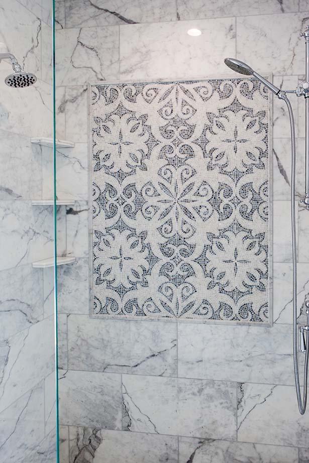47-Rosewood-DR-Master-Shower & Tile.jpg