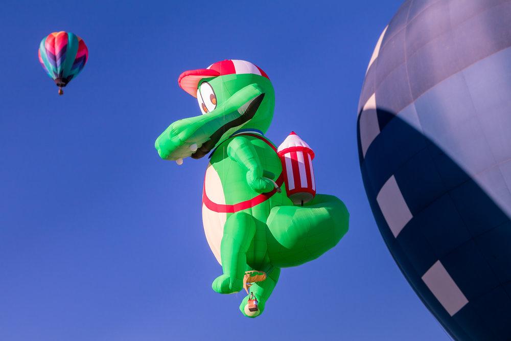 gator-balloon.jpg