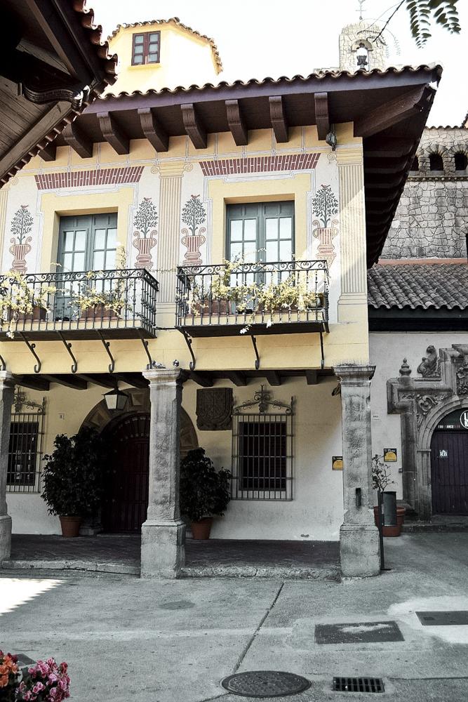 Barcelona-Pueblo-Espanyol-7.jpg