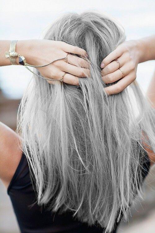 Image via Pop Haircuts