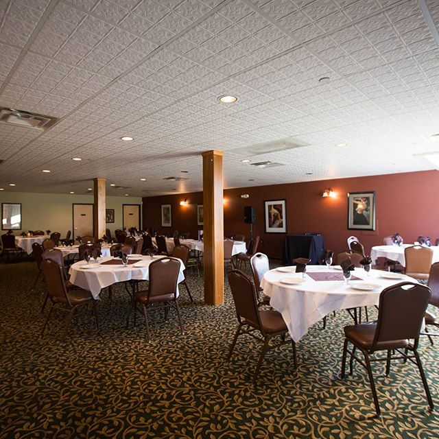 Having a party? 🎉 Call and reserve our private banquet room that seats 100 people. You'll have your own private bar and bathrooms. Handicap accessible entrance to make attending your events easier as well.