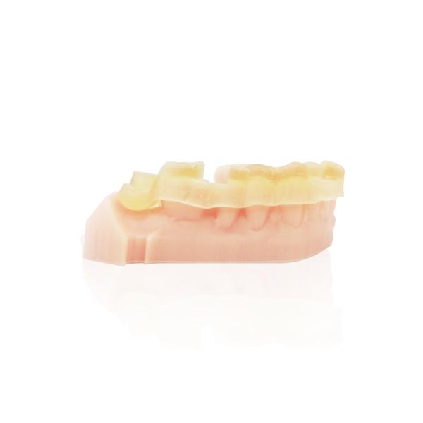 NextDent SG樹脂   容量:1公斤(±0.5%)/瓶  顏色:半透明琥珀  硬度(Shore D):80~90