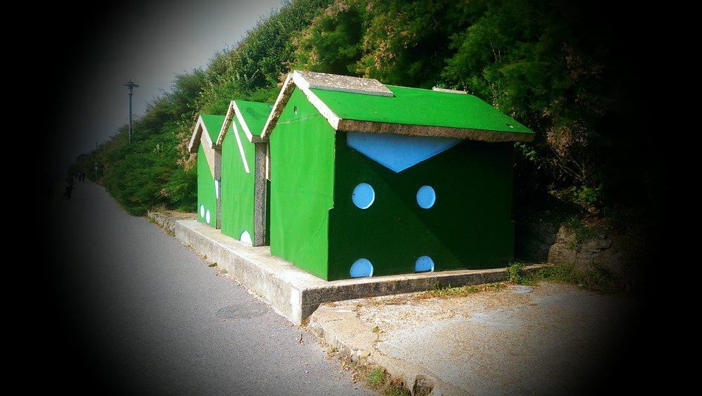 Folkestone Triennal Art – Modern Art Commissioned By Roger DeHaan Charitable Trust