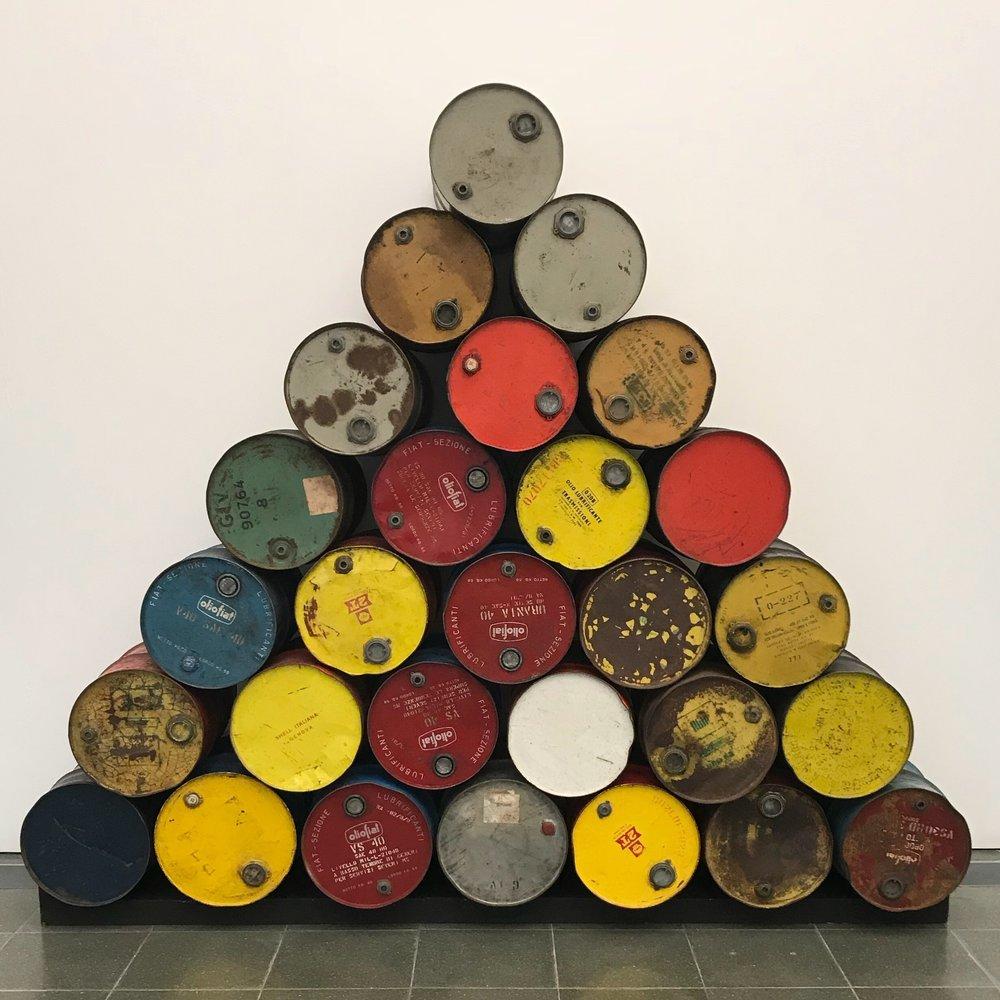 Serpentine Gallery – Modern Art Barrel Design