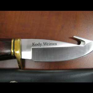 custom knife engraving personalization