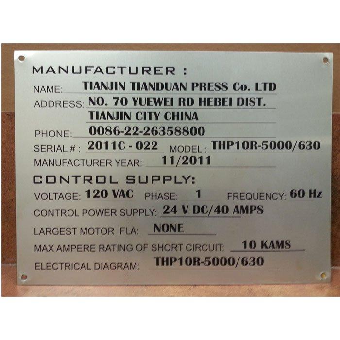 custom plaque engraving