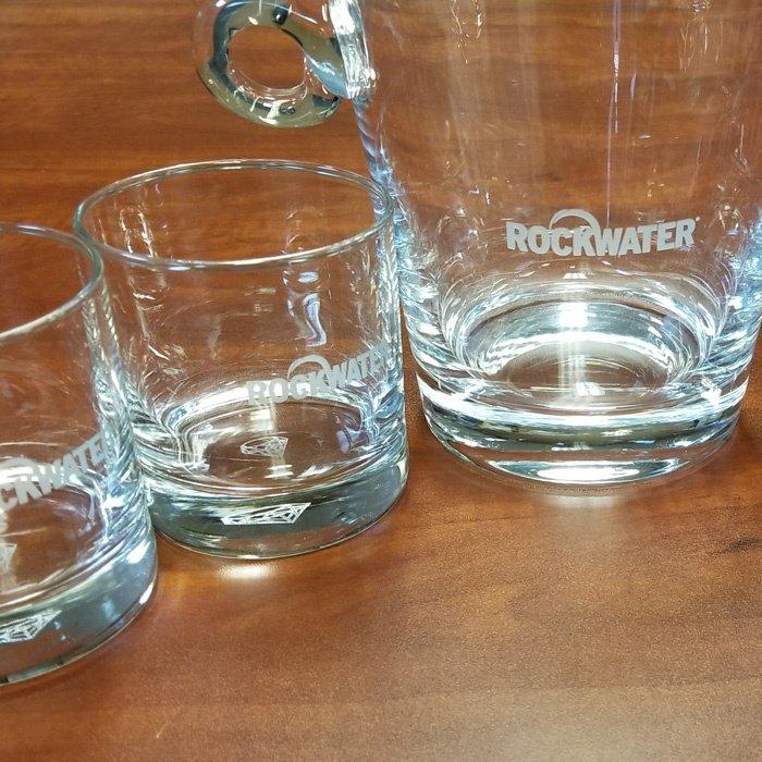 custom engraved glasses