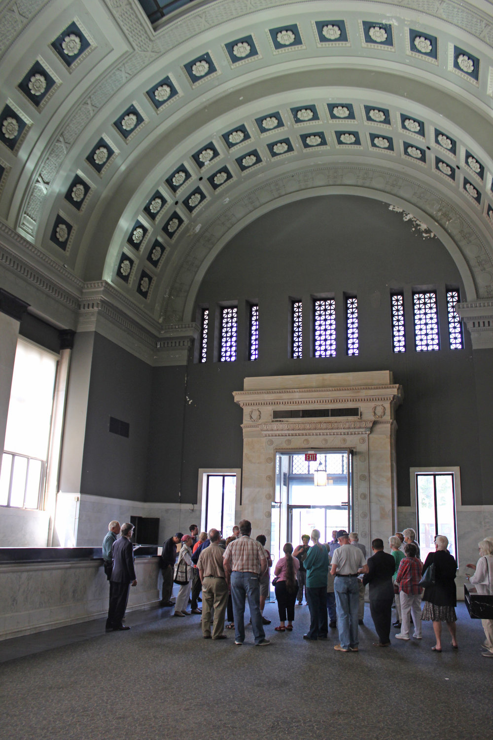 New Haven Preservation Trust hosts a tour of the former Connecticut Savings Bank building which was completed in 1906 to designs by architects Gordon, Tracy, and Swartout of New York.