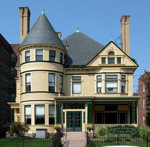 Frederick E. and Jessie C. Newton House, 128 Dwight Street. Architect: William Allen, 1894.
