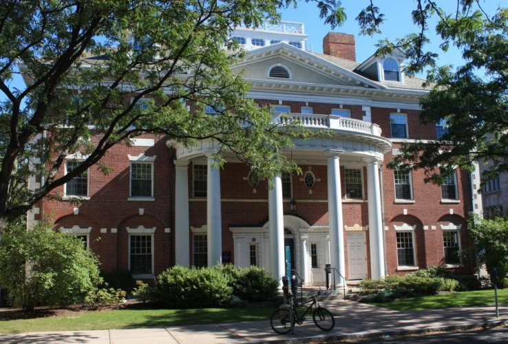 Theta Xi Fraternity Building, 451 College Street. Architect: Chapman & Frazer, 1910-11.