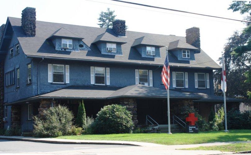 Abner Handee House, 703 Whitney Avenue. Architect: Richard Williams, 1902.
