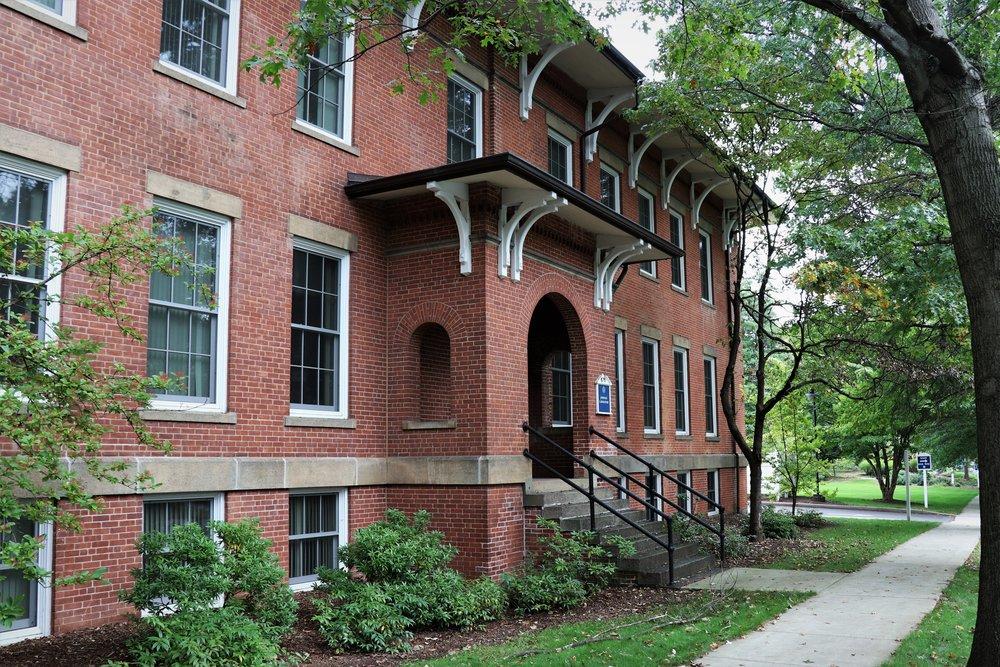 Johnson Laboratory, 123 Huntington Street. c. 1890s.