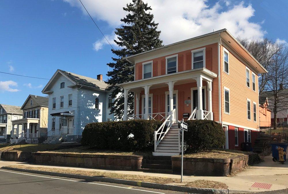 627 Quinnipiac Avenue