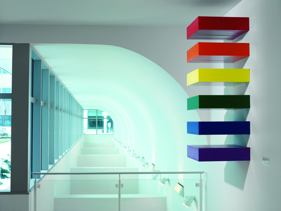Claude Simard,  Rainbow Stack  (installation view) ,  1995, painted wood
