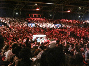 Paris-Crowd.TCTour-300x225.jpg