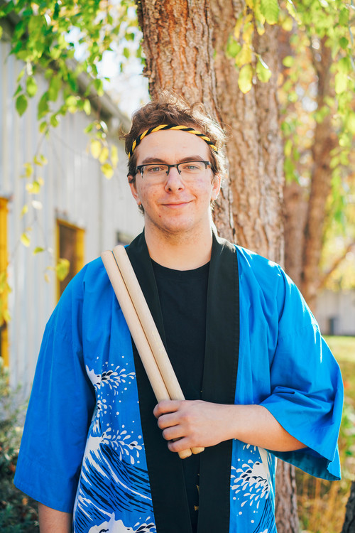 Kyle was born in Sacramento, California and has lived there since. He went to high school at Mira Loma High School, where he joined a new taiko club run by his friends, who were part of Sacramento Taiko Dan. He greatly enjoyed playing taiko and thus tried out for Cal Raijin after transferring to Berkeley from community college.   Outside of taiko, Kyle likes to play sports such as tennis or basketball casually, or play video games. He is also very passionate about music and is listening to something constantly, playing piano, or trying his hand at composing, although nothing good has come of that yet.