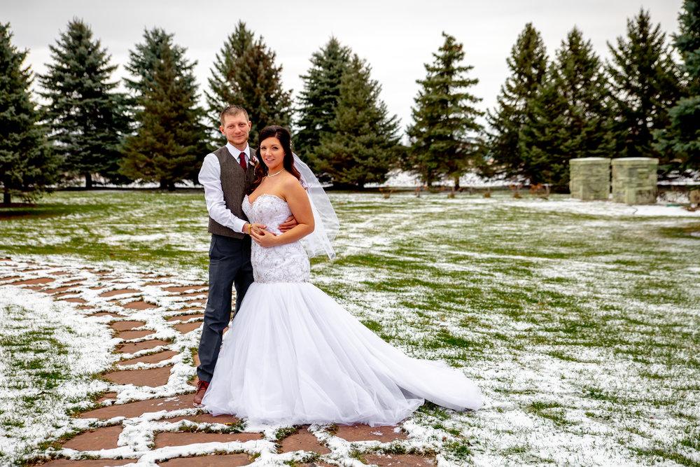 Lynne Halterman, Glenhaven wedding with snow on the ground