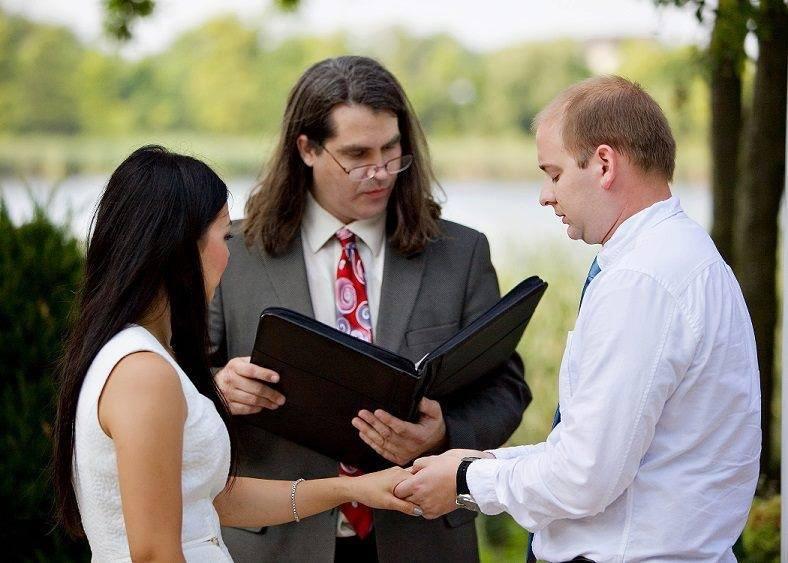 Matthew Iverson wedding officiant at Cindyrella's garden outdoor Minnesota ceremony