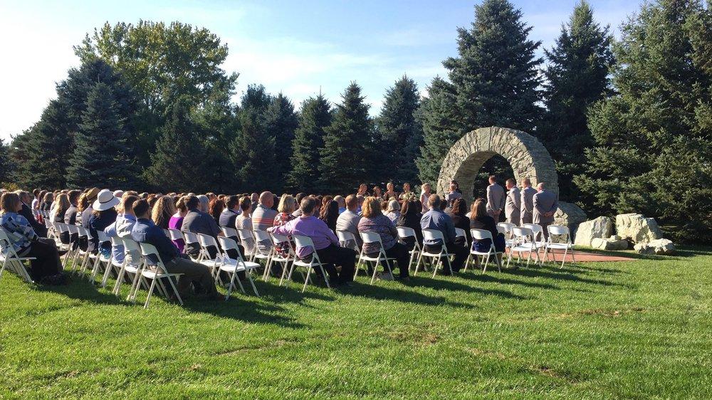 Glenhaven outdoor wedding ceremony in Farmington, Minnesota | DJ Ryan Karsten