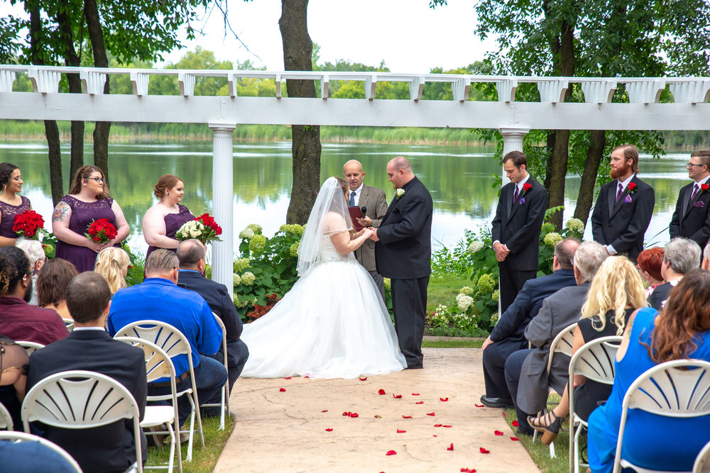 Cindyrella's Garden, Fab Weddings, outdoor Minnesota ceremony, Rosemount wedding, south metro, chairs included in rental