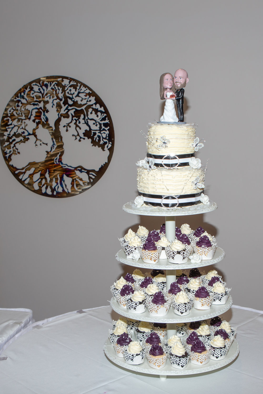 Rosehenge Hall, Fab Weddings, Minnesota reception venue, Lakeville wedding, south metro, bobble head cake topper