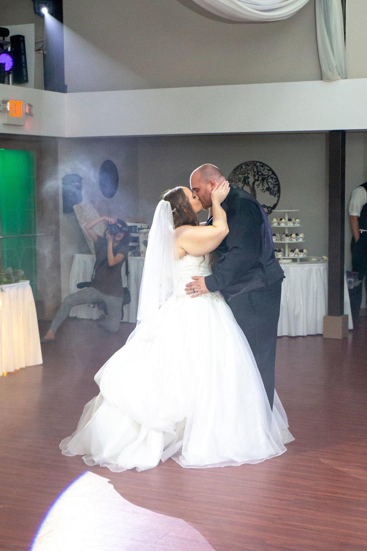 Rosehenge Hall, Fab Weddings, Minnesota reception venue, Lakeville wedding, south metro, perfect first dance lighting