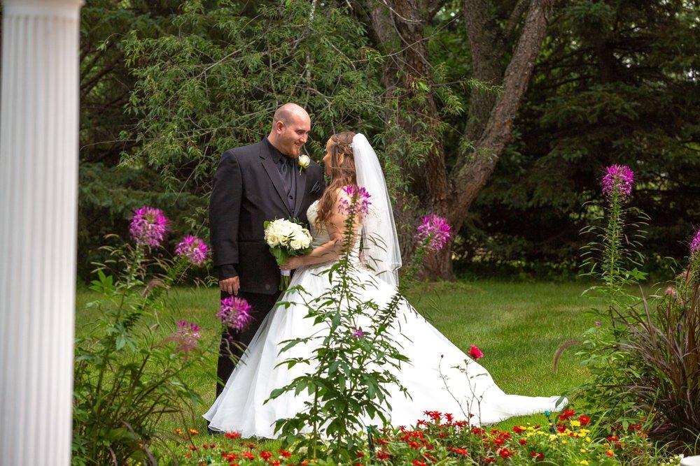 Cindyrella's Garden, Fab Weddings, outdoor Minnesota ceremony, Rosemount wedding, south metro, garden ceremony