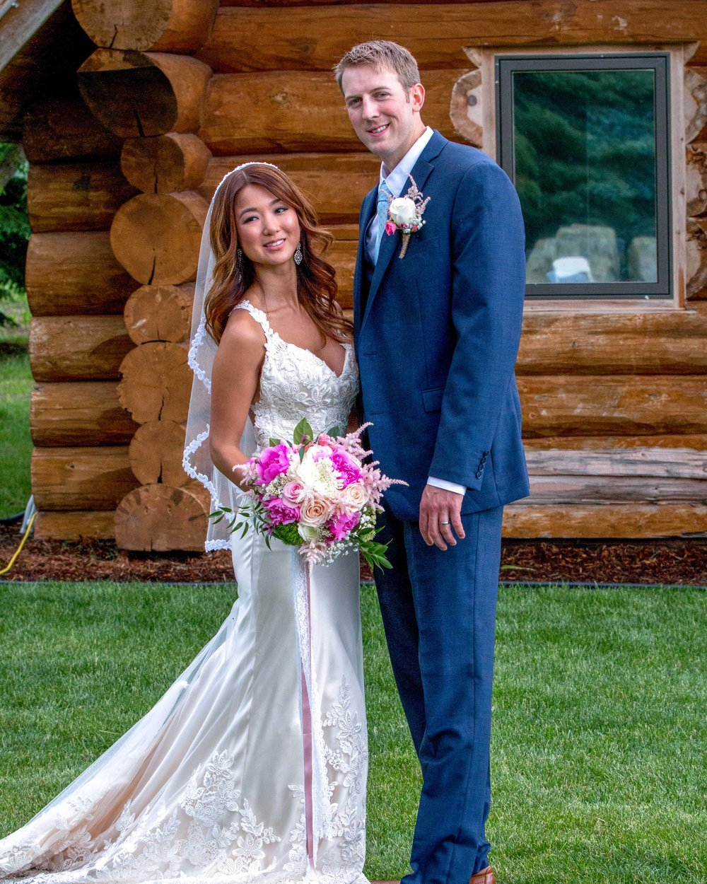 Minnesota Wedding at Glenhaven, outdoor ceremony, Fab Weddings, bride and groom portraits