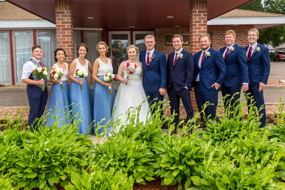 Rosehenge wedding, Lakeville wedding venue, affordable wedding venue in south Minnesota, brick backdrop