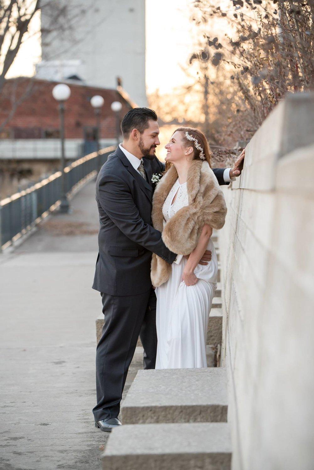 Danielle Albrecht all inclusive wedding photographer for fab weddings, winter wedding