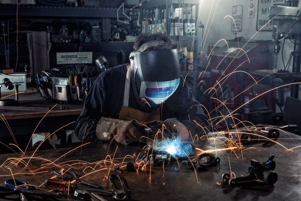2_craftsman_welder_artisan_sculptor_advertising_photography.jpg