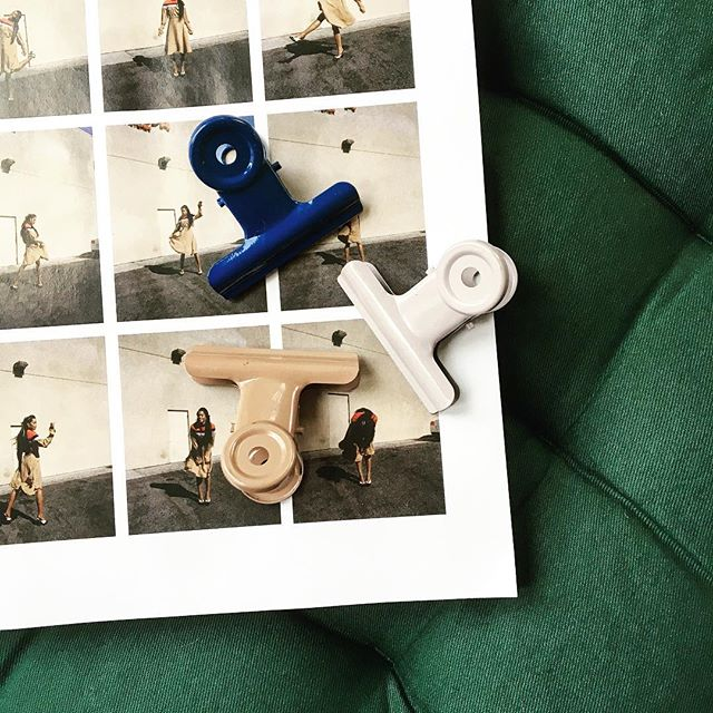 I couldn't resist buying these bulldog clips, the colours are so pretty #graphicdesign #illustration #colourpalette #bulldogclips #flatlay #photography #sostrenegrene #royalblue