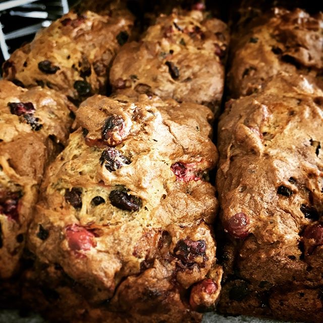 Our delicious handmade Christmas Cranberry & Walnut made by Sarah... smells as good as this... in all @farrofresh and selected speciality stores and New World.  #norefinedsugar #speltflour #freshcranberries #artisanbakery